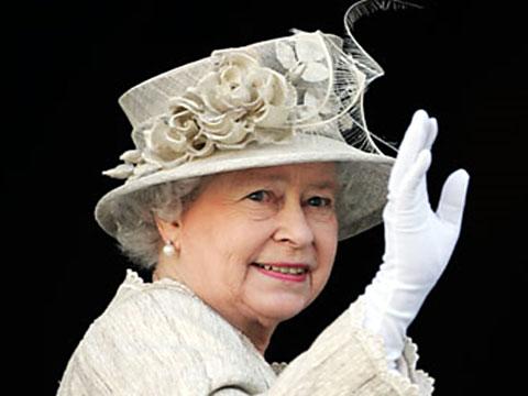 Елизавета II ищет дворецкого