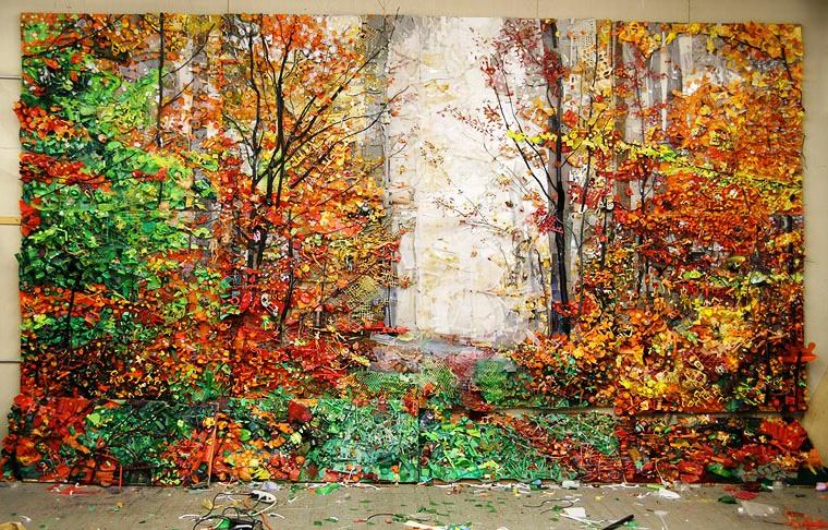 Картины из пластмассового хлама