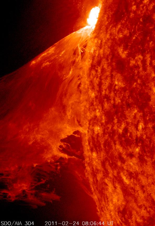 90 минутный солнечный шторм поднял огромную волну плазмы, 24 февраля 2011 года