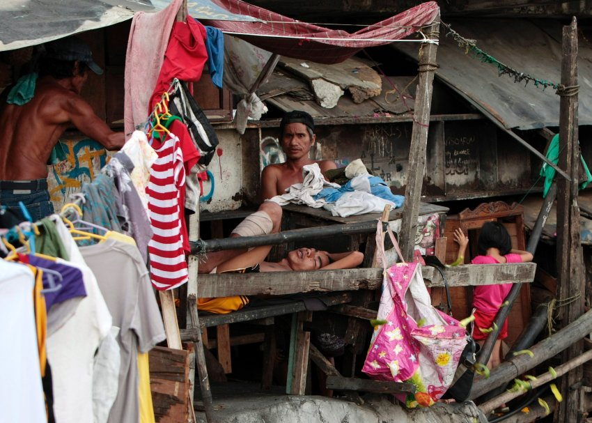 Example research paper about poverty in the philippines