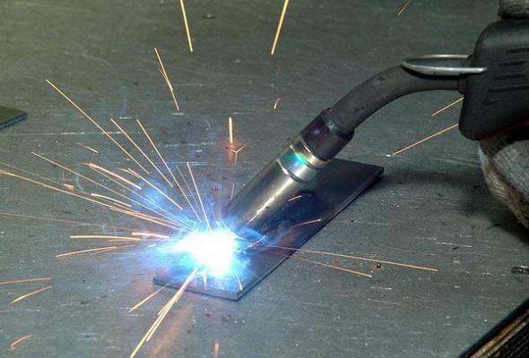 как самостоятельно научиться варить металл?