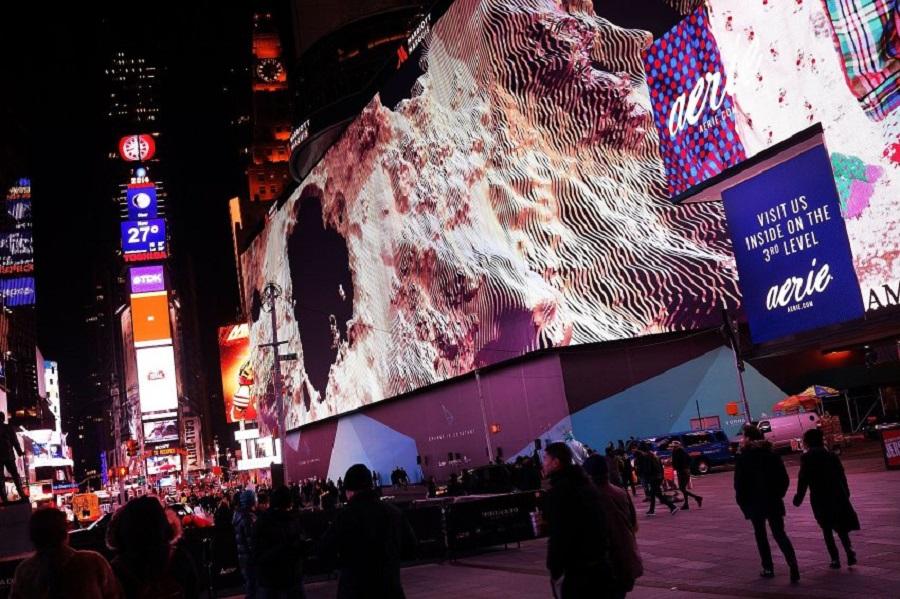 Видеоэкран на Таймс-сквер