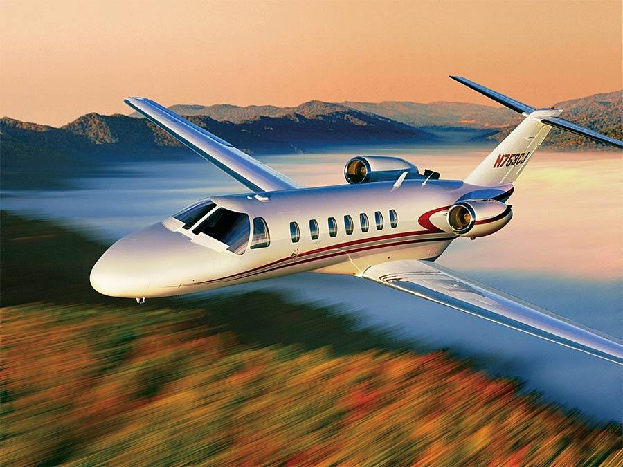 Скоростной частный самолет