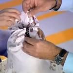 Малышева проводит обрезание
