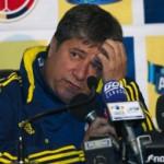 Тренер сборной Колумбии по футболу избил болельщицу