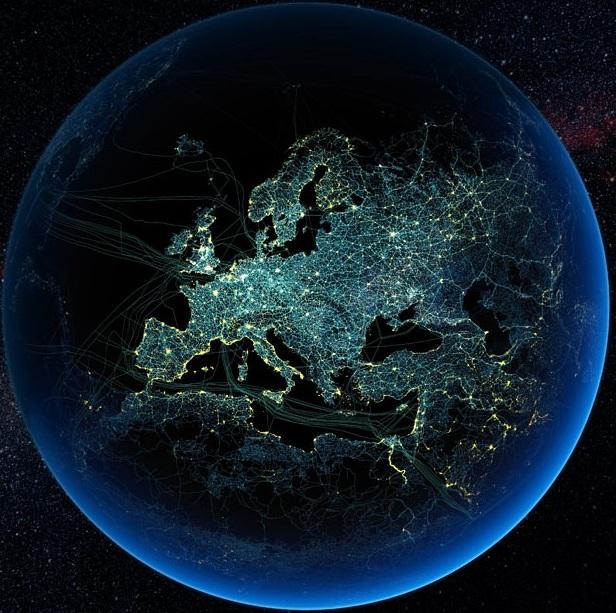 Основные автомобильные и железные дороги в Европе, а также линии электропередач и подводные кабели для передачи данных