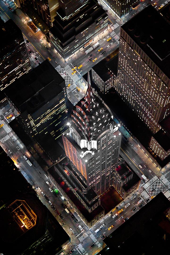 Ночной Нью-Йорк, с высоты птичьего полета, фотограф Evan Joseph, The Chrysler Building
