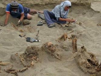 Археологи нашли в Перу массовое захоронение детей