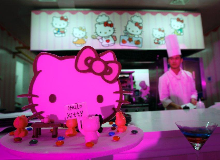"Ресторан ""Hello Kitty"""