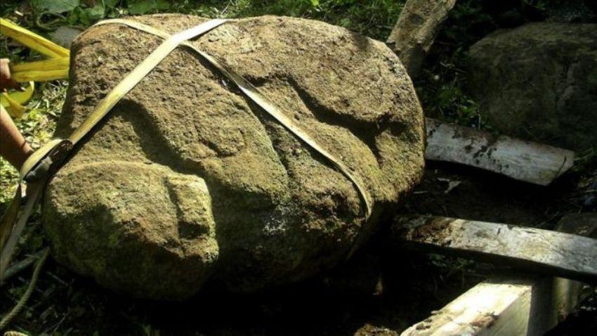 Этой статуе две тысячи лет