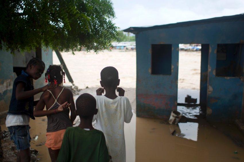 Вызванное ураганом наводнение на Гаити