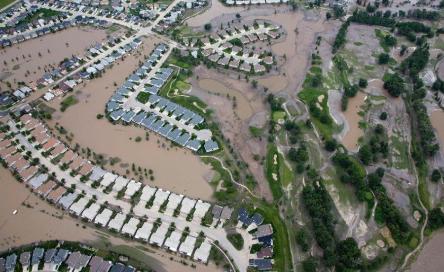 Наводнение в Калгари