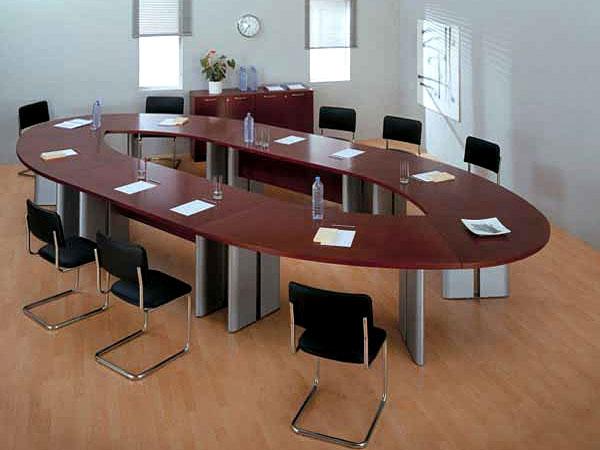 Выбор мебели для переговорной комнаты
